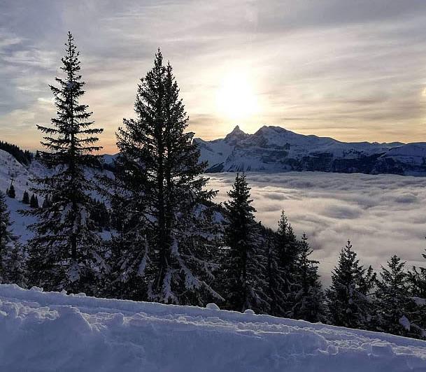 Louer un Chalet à Morillon et faire du ski dans les Alpes